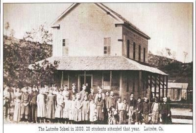 The Original Latrobe Elementary School image. Click for full size.