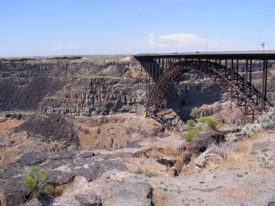 Perrine Bridge across the Snake River image. Click for full size.
