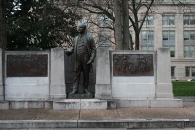 Charles Brantley Aycock Statue image. Click for full size.
