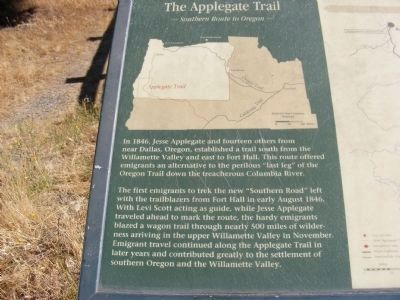 The Applegate Trail Marker image. Click for full size.