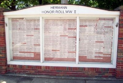 Hermann Honor Roll World War II image. Click for full size.