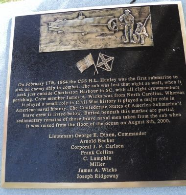 CSS H.L. Hunley Memorial Marker image. Click for full size.