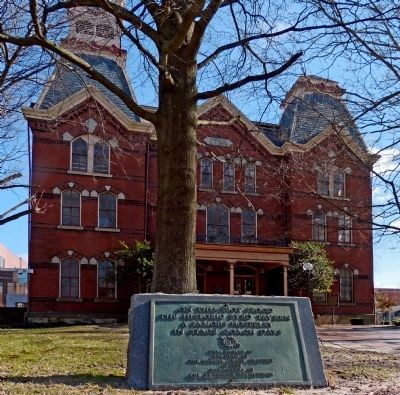 Historic Byrd Tavern Marker in front of the Salisbury Courthouse image. Click for full size.
