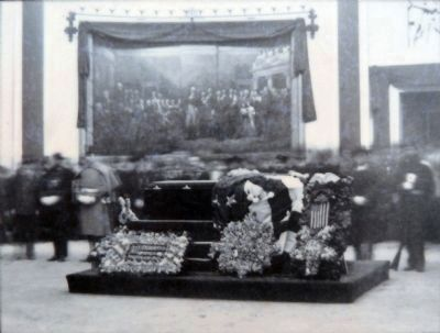 Lying in State image. Click for full size.