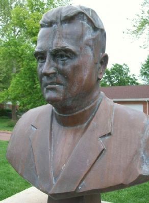 Col., The Rev'd R.L. Clem Bust image. Click for full size.