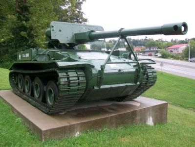 Boyd County War Memorial Tank Destroyer image. Click for full size.