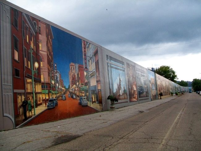 Portsmouth, Ohio, Floodwall Murals image. Click for full size.