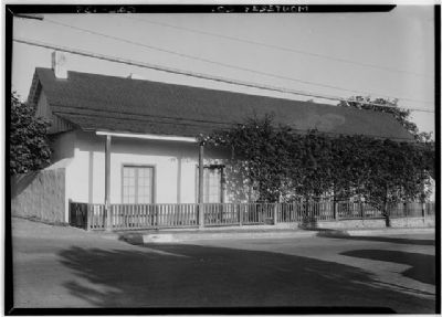 Casa Abrego Adobe image. Click for full size.