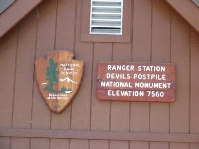 Sign at the Ranger Station image. Click for full size.
