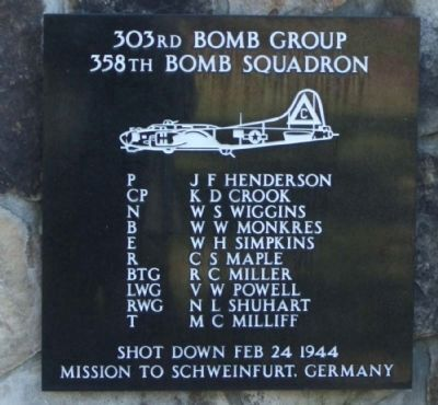 303rd Bomb Group 358th Bomb Squadron image. Click for more information.