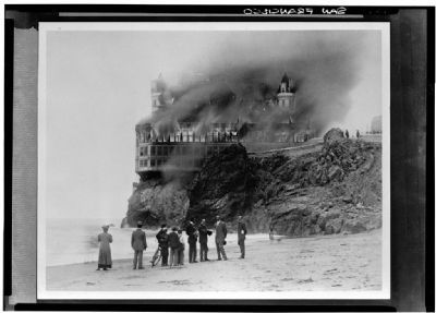 The Cliff House Fire image. Click for full size.