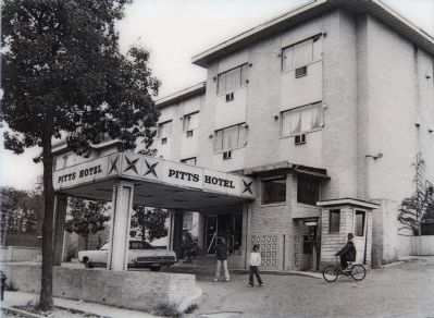 The Pitts Hotel in 1977 image. Click for full size.