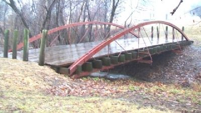 Bowstring Bridge image. Click for full size.