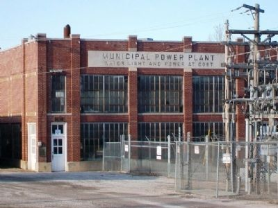 Horton Municipal Power Plant (built 1930) image. Click for full size.