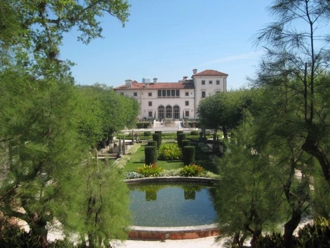 Vizcaya Museum & Gardens image. Click for full size.