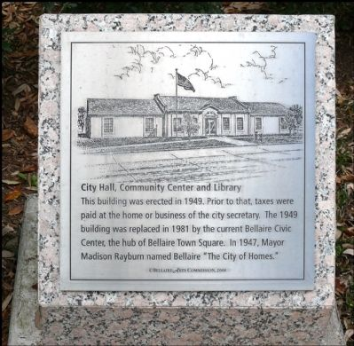 Old City Hall Plaque image. Click for full size.