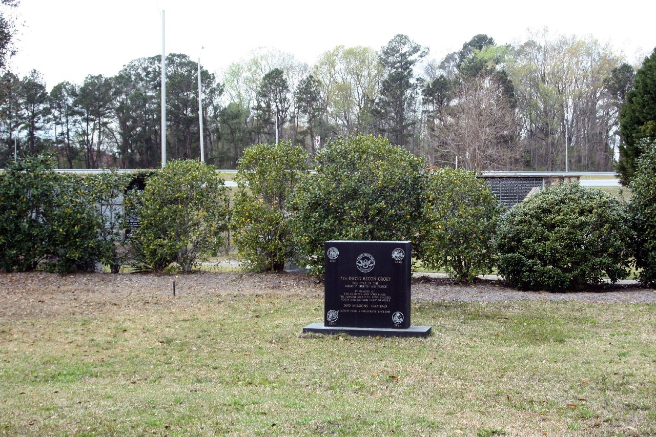 7th Photo Recon Group Marker