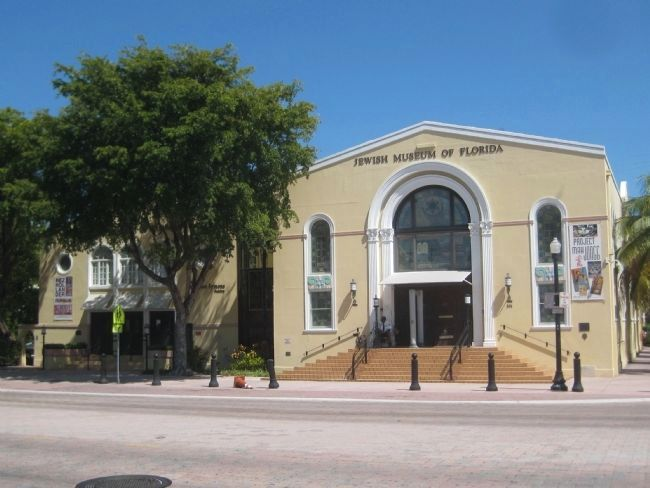 The Jewish Museum of Florida image. Click for full size.