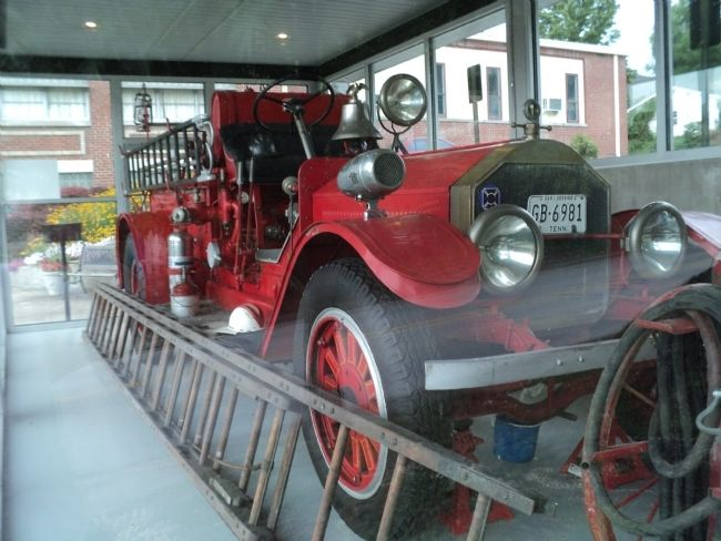 """Old Hulda"" Fire Truck image. Click for full size."