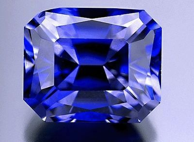 Benitoite, the California State Gemstone image. Click for full size.
