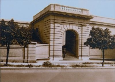 The 16th Street Entrance. image. Click for full size.