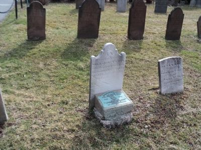 Grave of Revolutionary War Soldier Solomon Titus image. Click for full size.
