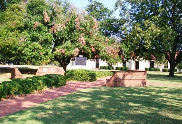 Maxwell Park and Historical Markers