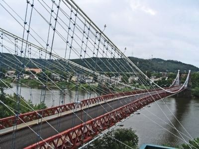 Wheeling Suspension Bridge image. Click for full size.