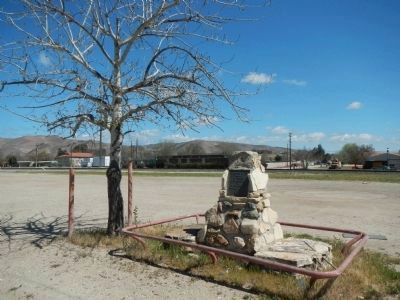Pioneer Memorial Opposite the Elkhorn Saloon image. Click for full size.