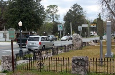 Newberry, Florida Marker to the right along West Newberry Road (Florida Route 26), old location image. Click for full size.
