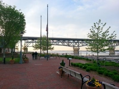 Yorktown's Riverwalk image. Click for full size.