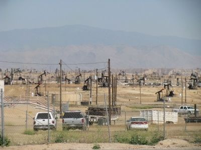 Oil Pumps on China Grade Loop Road image. Click for full size.