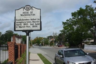 Siege Of Washington Marker seen on West Main Street, looking west image. Click for full size.