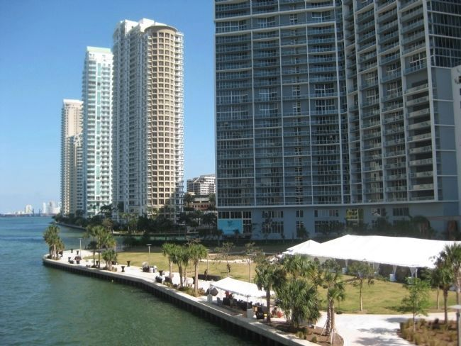 Brickell Point image. Click for full size.