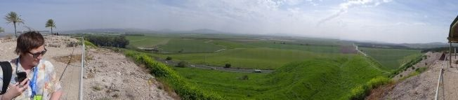 Tel Megiddo National Park image. Click for full size.