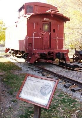 Santa Fe Caboose #1552 and Marker image. Click for full size.