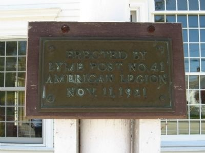 Plaque on the Flag Pole image. Click for full size.