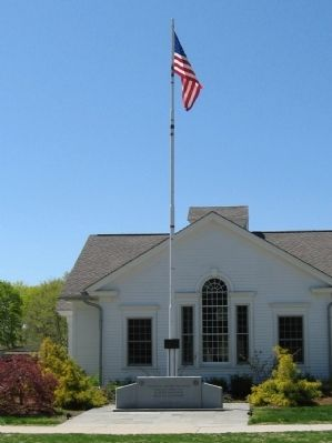 Old Lyme Veterans Memorial image. Click for full size.