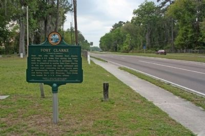 Fort Clarke Marker, looking westward on West Newberry Road image. Click for full size.