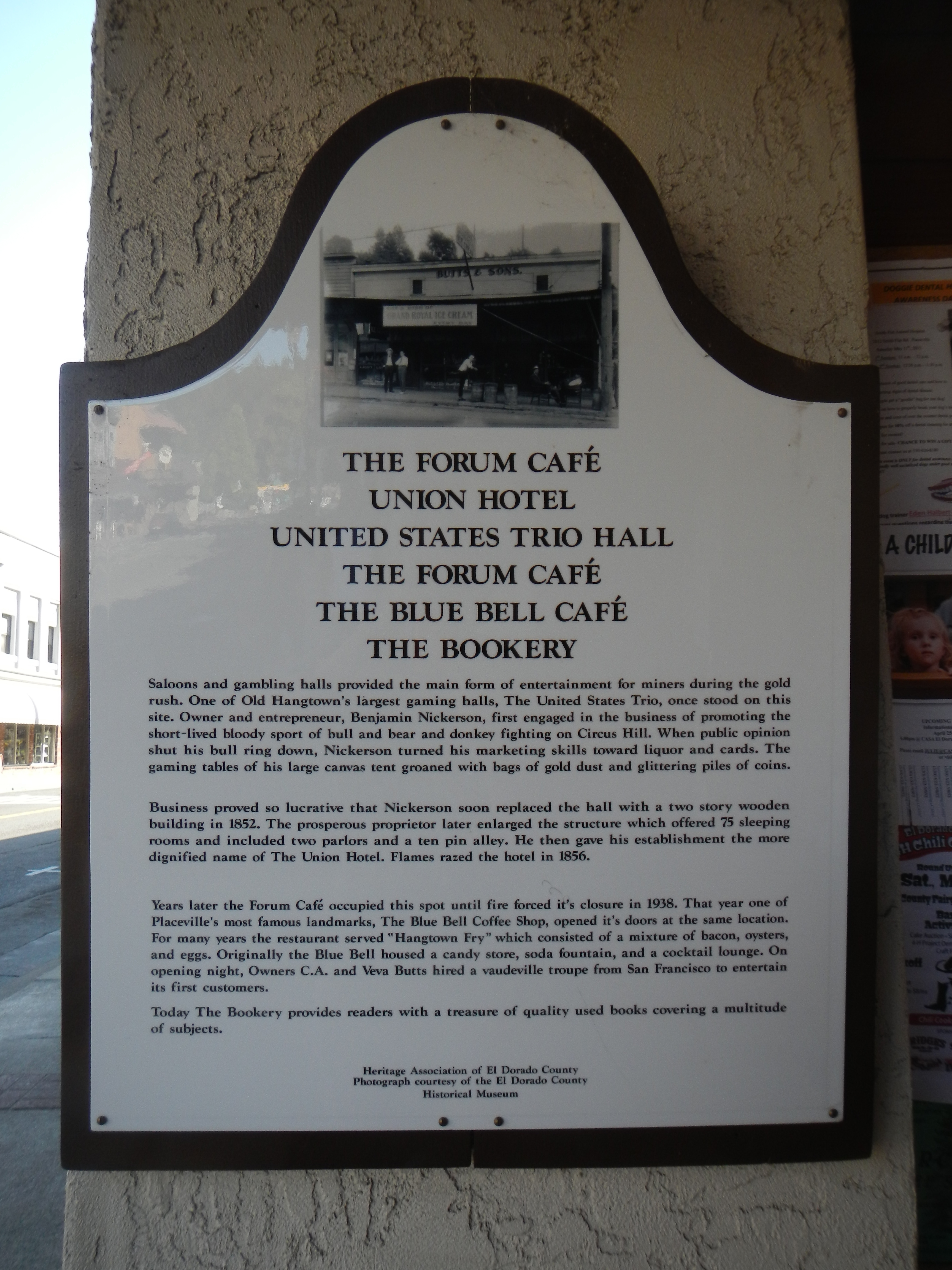 The Forum Café / Union Hotel / United States Trio Hall / The Forum Café / The Blue Bell Café Marker