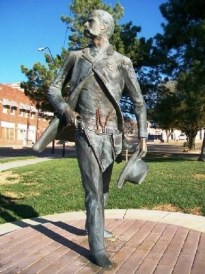 Wyatt Earp Statue image. Click for full size.