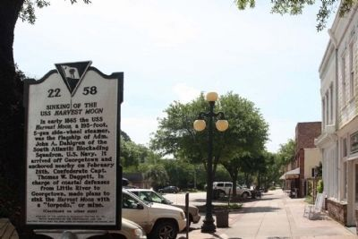 Sinking Of The USS Harvest Moon Marker looking southeast along Front Street image. Click for full size.