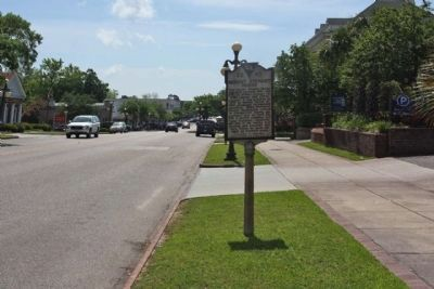 Robert Stewart House Marker seen along Front Street traveling southeast image. Click for full size.