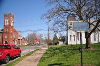 Orleans County Courthouse Marker facing east image. Click for full size.