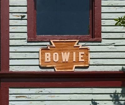 Bowie<br>Sign On the Tower image. Click for full size.