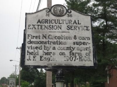 Agricultural Extension Service Marker image. Click for full size.