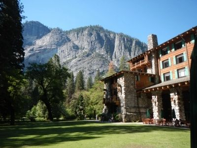 The Ahwahnee image. Click for full size.