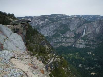 Glacier Point and Yosemite Falls image. Click for full size.
