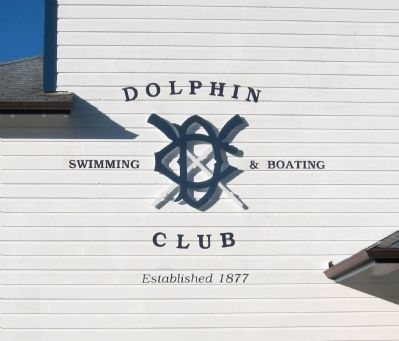The Dolphin Swimming and Boating Club Insignia image. Click for full size.