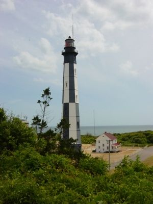 New Cape Henry Lighthouse image. Click for full size.